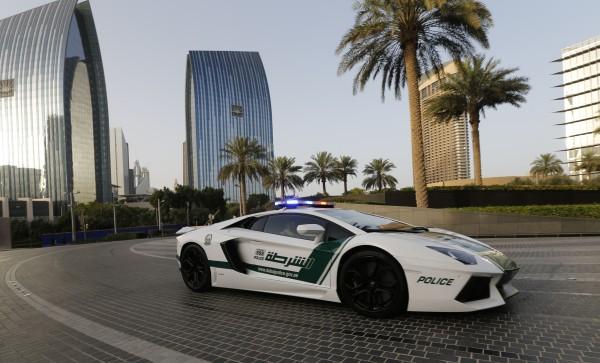 UAE-POLICE-LAMBORGHINI