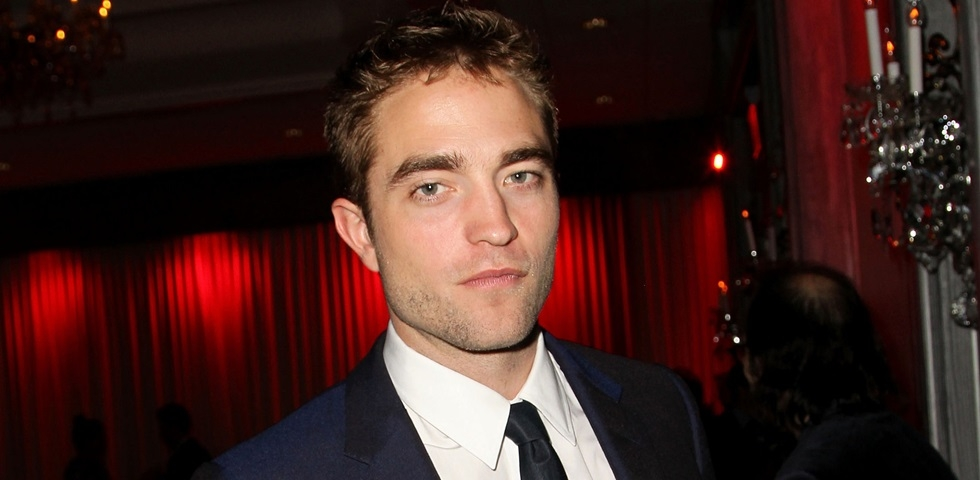 robert_pattinson_popsugar.com_980x480