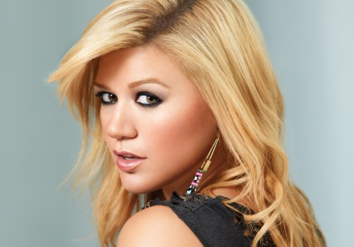 kelly-clarkson-3