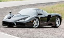 2002-ben kezdték meg a LaFerrari elődjének gyártását. Technikáját a Forma-1-ből örökölte, váza karbonból készült és aktív aerodinamikai elemeket is kapott, amiknek köszönhetően 7600 N leszorítóerőt termel 300 km/órás tempónál. Motorja 6 literes V12-es. Teljesítménye 660 lóerő.