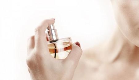 parfum_leadfoto