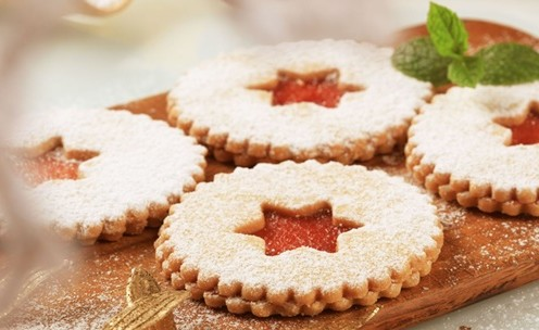 5972716 - shortbread cookies with jam filling