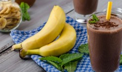 41448228 - chocolate-banana smoothie, 70 % cocoa, all natural ingredience