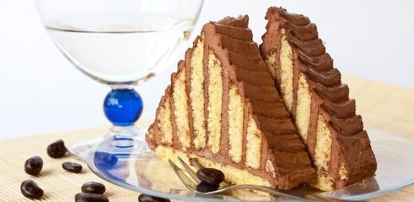10041817 - chocolate pyramid