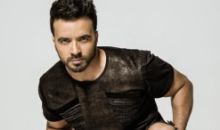 luis-fonsi-press-2019-cr-Universal-Music-Latino-billboard-1548